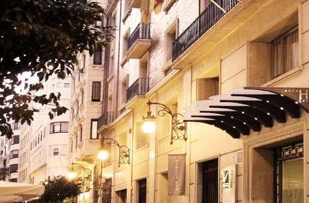 Escapada cultural: City trip de lujo con visita guiada en Valencia