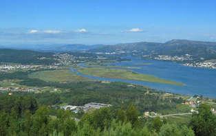 Escapada Romántica con bañera de hidromasaje en las Rías Baixas