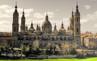 Escapada con cava en Zaragoza (desde 2 noches)
