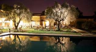 Weekend en amoureux avec champagne dans un hôtel de charme près du Pont du Gard