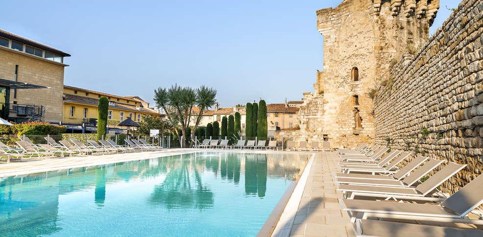Week end en bord de mer aix en provence avec parking for Camping bord de mer nord pas de calais avec piscine