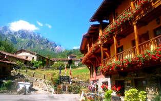 Escapada con visita y cata de licores en los Picos de Europa (desde 2 noches)