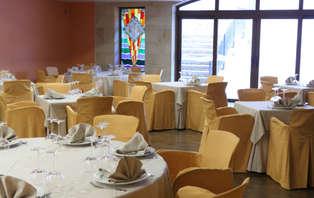 Escapada con cena buffet en Santillana del Mar