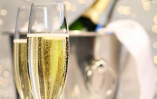 Offre spéciale : Week-end romantique avec champagne et macarons près de Disneyland® Paris