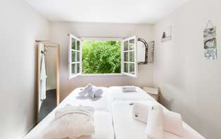 Escapade bien-être avec gommage, modelage et accès spa dans un hôtel de charme près de Concarneau