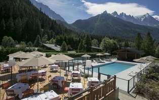 Offre spéciale Eté: Week-end avec dîner et accès SPA à la montagne, à Chamonix