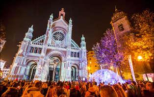 Offre marché de Noël: gaufres et vin chaud pendant une escapade de Noël à Bruxelles