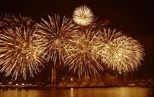 Especial Fin de Año: Vive Granada con fiesta, gala y cotillón, con barra libre