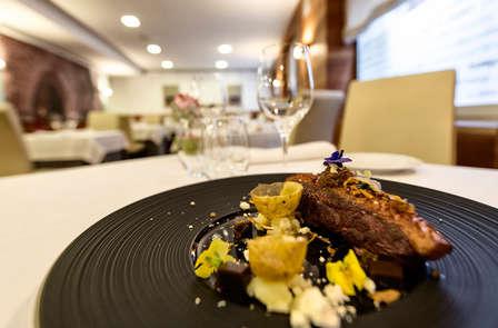Week-end romantique avec dîner gastronomique à Pamplona