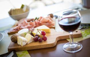 Week-end avec vin et fromage près de l'aérodrôme dans les Ardennes
