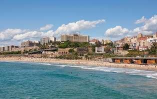 Escapada romántica con cava y bombones en Tarragona