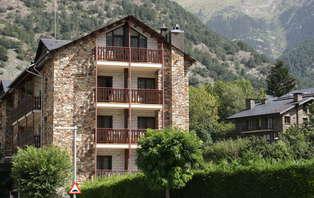 Minivacaciones: Escapada en media pensión en Ordino-Andorra (desde 3 noches)