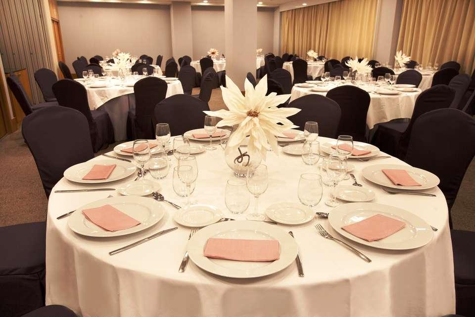 URH - Hilton Garden Inn Málaga - Picasso_Banquete.jpg