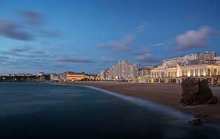Offre spéciale : Week-end romantique avec champagne en bord de mer à Biarritz