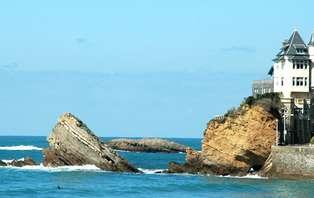 Week-end romantique avec dîner en chambre, en bord de mer, au coeur de Biarritz