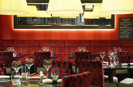 Week-end de luxe avec diner trois plats au cœur de Bruxelles (2 nuits)
