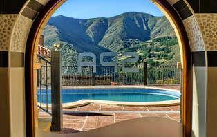 Escapada relax con jacuzzi privado y visita de bodega en los Picos de Europa