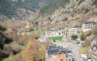 Escapada romántica con cena y toque relax cerca de Ordino- Andorra