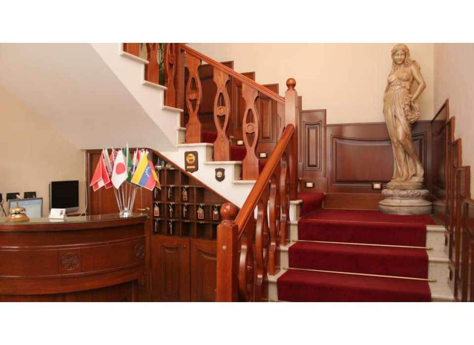 Hotel Garibaldi - 15180491.jpg