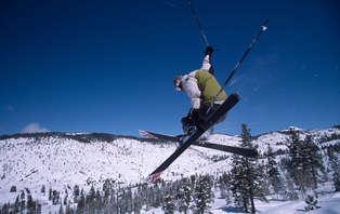 Especial esquí: escapada con cena,forfait 2 días y sessión relax en Vallnord (desde 2 noches)