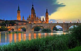 Escapada en pareja con detalle de bienvenida en Zaragoza