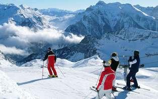 Especial Esquí: Escapada con cena, spa y Forfait a Candanchú (desde 2 noches)