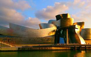 Promoción limitada: Escapada a Bilbao con entradas al Museo Guggenheim (desde 2 noches)