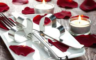 Offre spéciale Saint Valentin: Week-end romantique avec dîner et champagne à Cannes