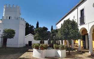 Escapada con cena en cortijo típico andaluz cerca de Sevilla