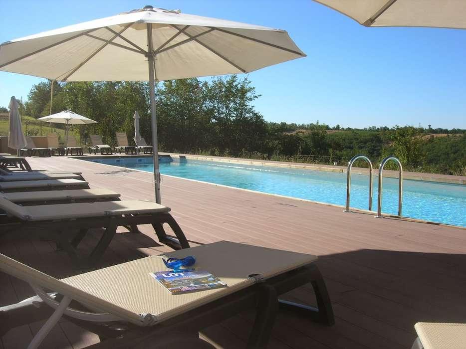 Les Hauts d'Albas - piscine_gite_.JPG
