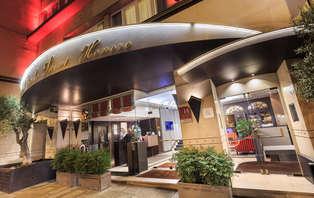 Offre spéciale: Week-end romantique à Paris, près des Champs-Elysées
