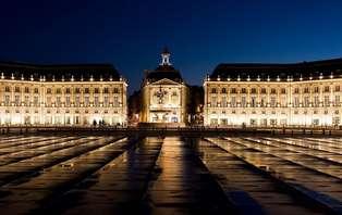 Offre Spéciale Saint Valentin: Week-end romantique avec champagne, au coeur de Bordeaux
