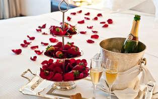 Especial San Valentín: Disfruta con tu pareja una cena romántica con cava y música en vivo