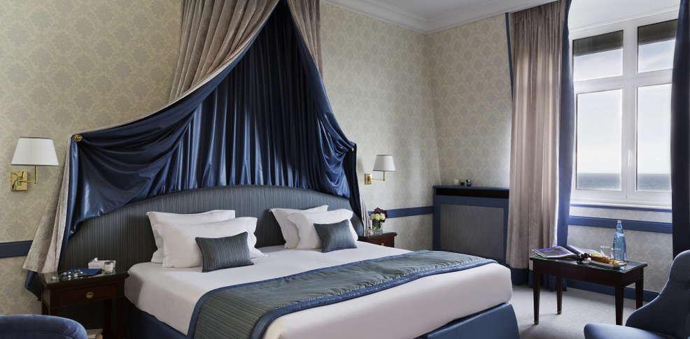 H tel barri re le royal deauville h tel de charme deauville for Chambre hotel normandie