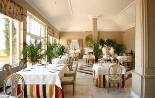 Degusta los sabores con una cena Michelín, acceso al Spa y ruta en jeep en Torrico - Toledo