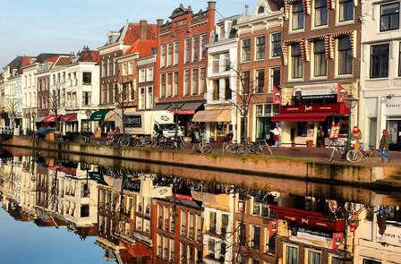 Verken Leiden per fiets en logeer in het centrum van deze levendige stad