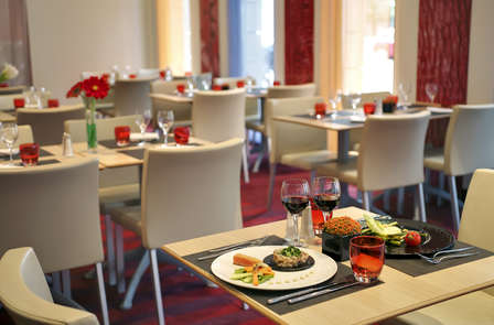 Week-end en chambre supérieure avec dîner à Paris