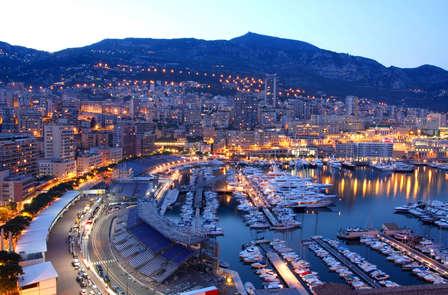 Week-end romantique avec champagne et en chambre Deluxe vue mer à Monaco