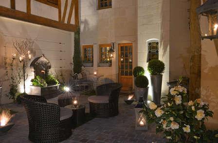 Week-end romantique avec chocolats et vin dans un hôtel de charme