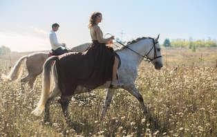 Escapada romántica con paseo a caballo, jacuzzi privado en cortijo andaluz