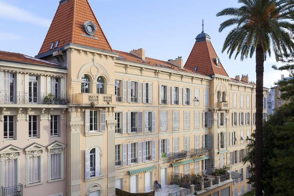 La Malmaison Nice Boutique Hotel - CHAMBRE_DELUXE-4.jpg
