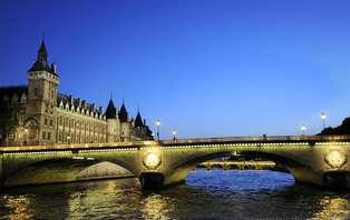 Week-end avec diner-croisière sur la Seine à la Marina de Paris
