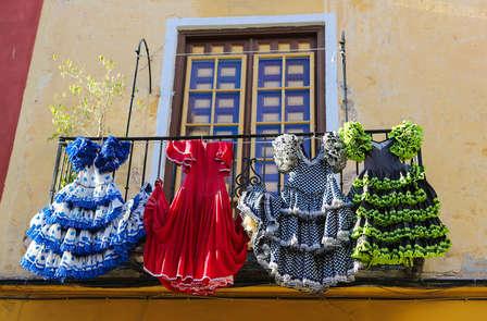 MiniVacaciones en Sevilla: disfruta de los placeres andaluces con tablao y tapa (desde 3 noches)