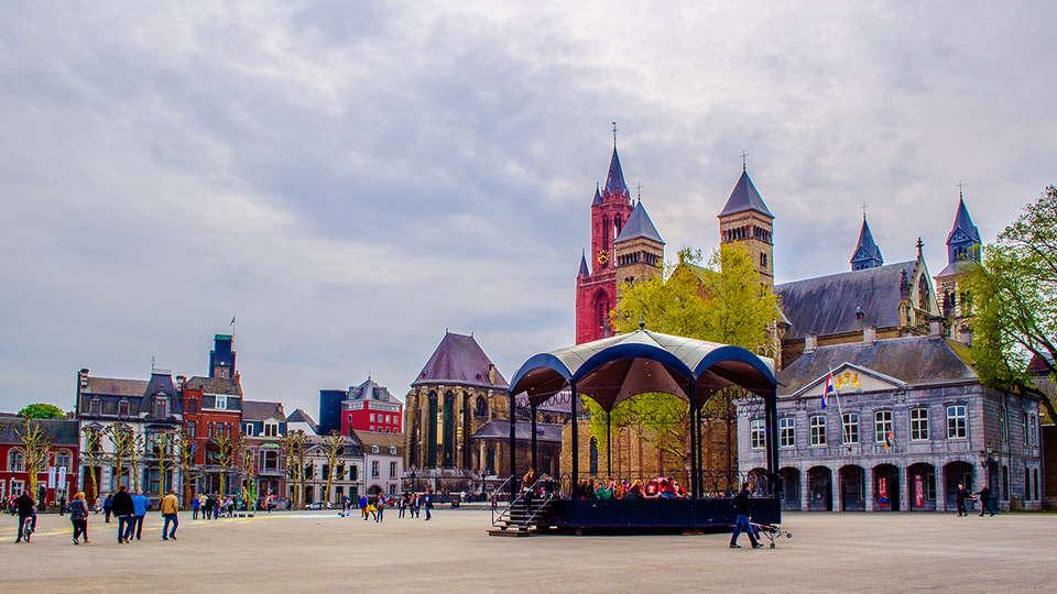 Maastricht, Limburg, Nederland Hotel Bigarré Maastricht Centrum 7.7 ...