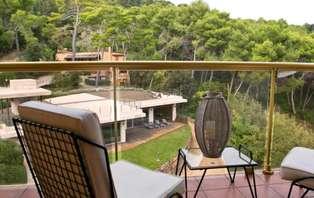 Escapada con acceso al spa y vistas al parque en la Costa Brava
