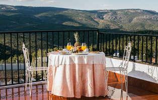 Escapada rural & sibarita: Descubre la gastronomía andaluza en un entorno natural (desde 2 noches)