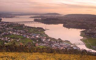 Escapada con Cava de bienvenida en el corazón de Ferrol