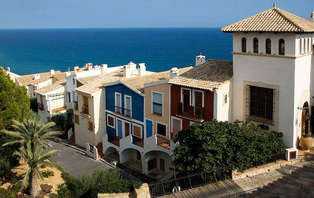 Oferta destacada: Escápate con el mar a tus pies en El Campello (desde 2 noches)