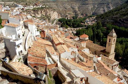 Escapada con Visita y Gin tonics en Alcalá de Júcar