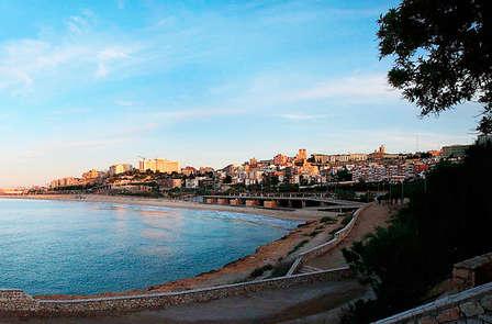 Escapada especial con cena y enoturismo en Tarragona